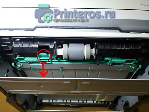 Так можно вытащить застрявшую бумагу из HP P2055