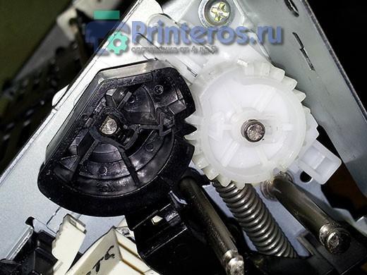 HP P2055 Совмещение шестеренок термоузла
