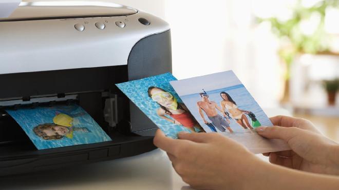 Фото принтера, который требует вмешательства